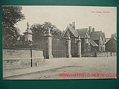 postcard of the Gates at Hatfield House